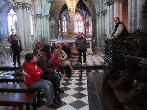 Pèlerinage à Chartres  15 juin 2013   dans celibataires catholiques rennais img_0314-300x225
